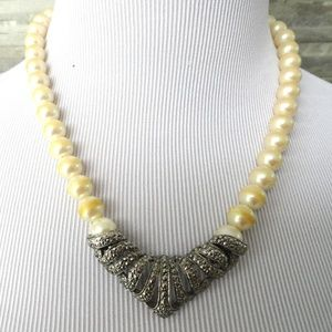 Jewelry - Beaded Pearly Necklace | Silver choker | Vintage